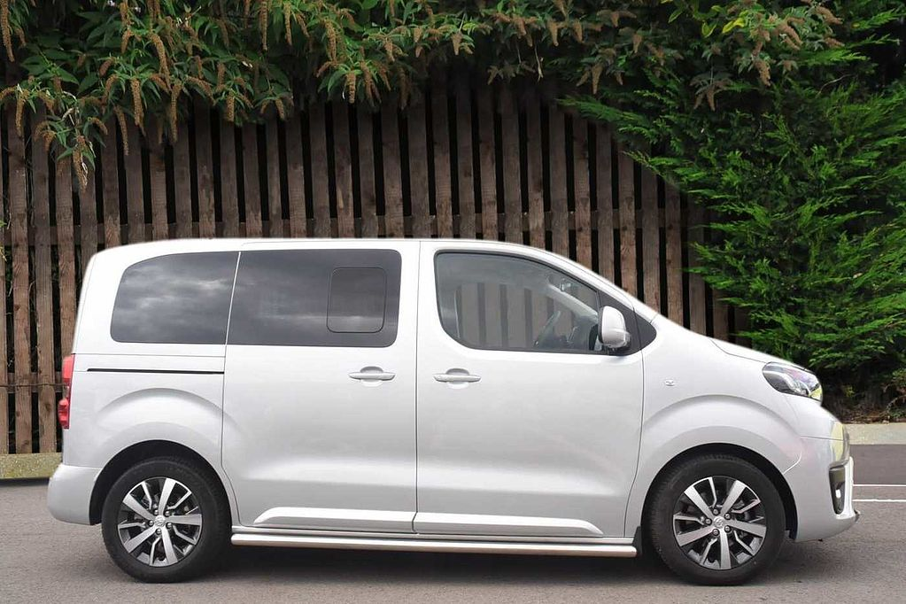 used toyota proace verso for sale from toyota plus. Black Bedroom Furniture Sets. Home Design Ideas